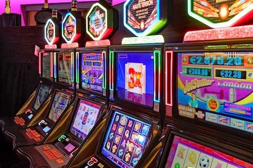 Totalizator wprowadził legalne automaty do gry
